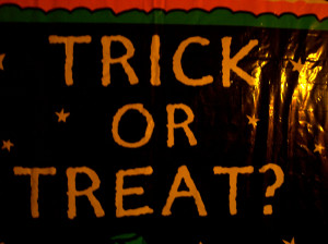 Trick or Treat?  Halloween Sign